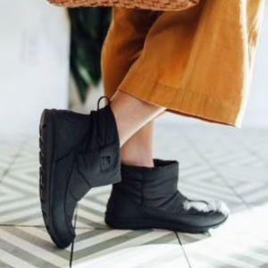 Sorel Whitney Camp Short Boots